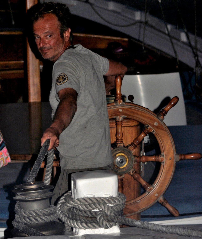 Ο καπετάνιος Γιάννης σε δράση