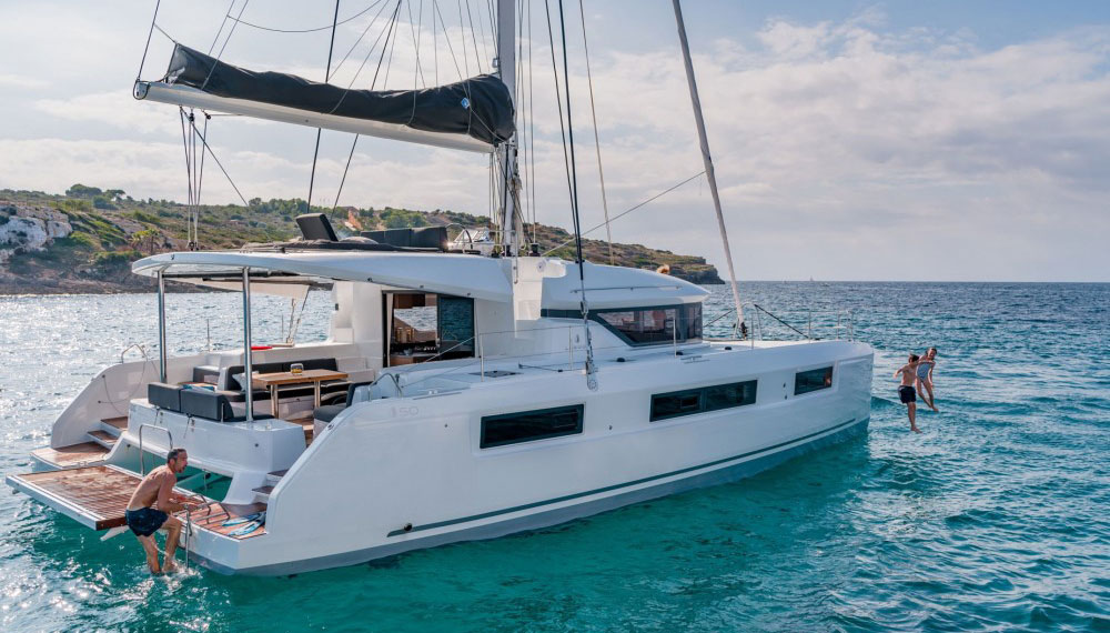The new catamaran FILLIPOS