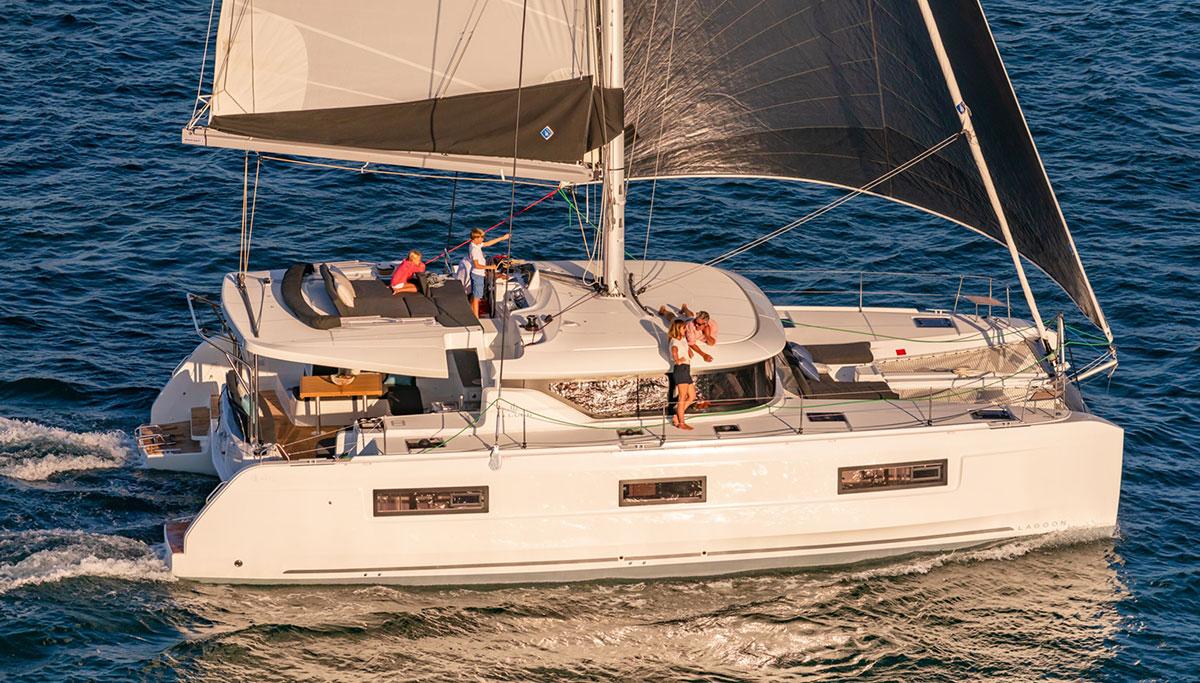 Catamaran FILLIPOS private cruises